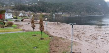 Vannstand i Sirdalsvannet under flommen Synne